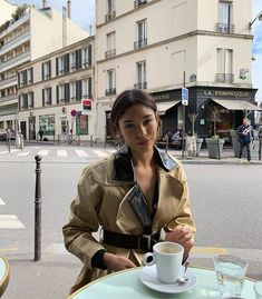 Instagram Feed Tips, Thats The Way, Wedding Beauty, Ohana, Types Of Fashion Styles, Parisian, Style Me, Winter Outfits, Style Inspiration