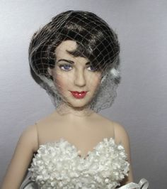 Elizabeth Taylor Franklin Mint Vinyl Portrait Doll - NRFB #DollswithClothingAccessories