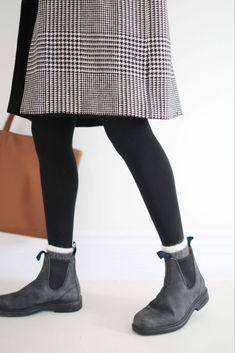 Blundstone Boots Women, Mode Style, Clothes For Women, Work Fashion, Fashion Ideas, Fashion Inspiration, Fashion Trends, College Clothing, College Outfits