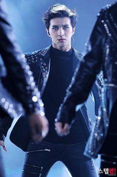 Ken of Vixx Kpop, Ken Vixx, Lee Jaehwan, Jung Taekwoon, Jellyfish Entertainment, Korean Entertainment, Korean Star, Pop Bands, K Idol
