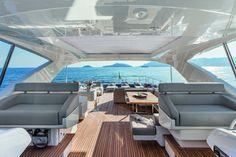 Ferretti World (Ferretti Yachts, CustomLine, Navetta) > Customline > The Range > Page Model: Ferretti Custom Line 100'