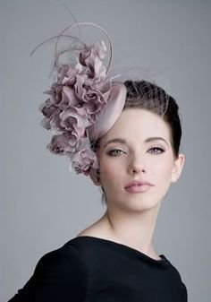 Rachel Trevor-Morgan Millinery offers a wide range of beautiful headdresses and fascinators, using feathers and handmade flowers. Lilac Fascinator, Fascinator Hats, Fascinators, Headpieces, Rachel Trevor Morgan, Race Day Fashion, Kentucky Derby Fashion, Purple Lilac, Dusty Pink