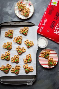 Coconut Oil Gingerbread Red-Nosed Reindeer #gingerbread #christmas #cookies #reindeer #cutefood Delicious Cookie Recipes, Yummy Cookies, Great Recipes, Amazing Recipes, Gingerbread Reindeer, Soft Gingerbread Cookies, Christmas Baking, Christmas Fun, Best Christmas Recipes