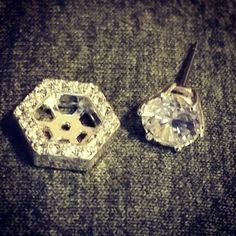 #origamiowl #jewelry #spring #OO #o2 #summer #earrings #crystal #studs Get yours here.   http://christypierce.origamiowl.com/parties/christypierc201881/default.ashx
