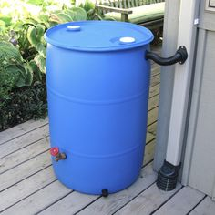 EarthMinded Now anyone can make a rain barrel out of a recycled plastic drum or trash barrel. EarthMinded DIY rain barrel kit takes the guesswork out of making your own rain barrel. Rain Barrel Kit, Rain Barrel Stand, Water Barrel, Rain Barrel System, Aquaponics Diy, Aquaponics System, Aquaponics Greenhouse, Diy Greenhouse, Cool Ideas