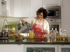 Zázvorový sirup a zázvor v medu — Všechno, co mám ráda — Česká televize Pickles, Canning, Pickle, Home Canning, Pickling, Conservation