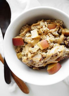 Apple Peanut Butter Baked Oatmeal | thekitchenpaper.com