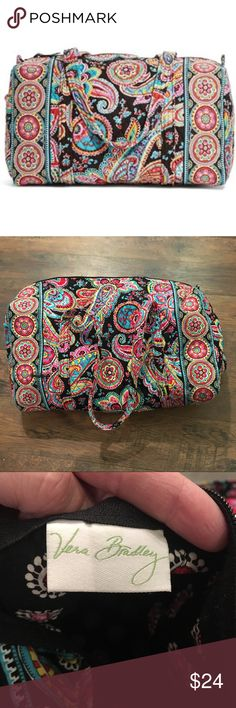 """Vera Bradley Parisian Paisley Large Duffel Vera Bradley large duffel bag. One exterior slip pocket and inside zip pocket. Measures 22.5 wide, 11.5"""" tall, 11.5"""" deep, with 15"""" strap drop.  •••Zipper is broken - should be an easy and inexpensive fix. ••• Vera Bradley Bags Travel Bags"""