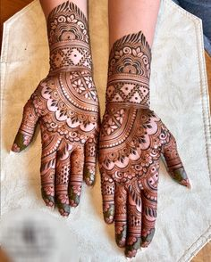 Mehndi is used for decorating hands of women during their marriage, Teej, Karva Chauth. Here are latest mehndi designs that are trending in the world. Palm Mehndi Design, Mehndi Designs 2018, Modern Mehndi Designs, Mehndi Designs For Girls, Simple Arabic Mehndi Designs, Mehndi Design Photos, Dulhan Mehndi Designs, Mehndi Designs For Hands, Mehndi Images