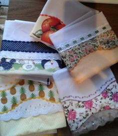 Embroidery Fonts, Machine Embroidery, Embroidery Designs, Dish Towels, Tea Towels, Piping Techniques, Sewing Lessons, Kitchen Gifts, Sewing For Beginners