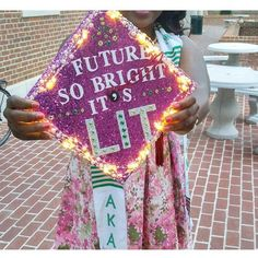 """Future So Bright, It's Lit"" graduation cap design. Love the lights! // follow us @motivation2study for daily inspiration"