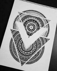 ideas for doodle art zentangle sketch Mandala Art, Mandala Design, Mandala Nature, Image Mandala, Mandala Drawing, Mandala Tattoo, Mandala Doodle, Zen Doodle, Dragonfly Tattoo