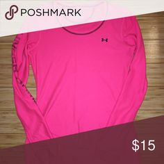 Under Armour Long Sleeve Great for work out, in good condition with no flaws bundle for 10% off. Under Armour Tops Tees - Long Sleeve