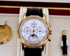 GOOD MORNING WORLD!!!....Patek Philippe Perpetual Calendar Chronograph (3rd Series) in 18K Yellow Gold Reference 3970EJ....