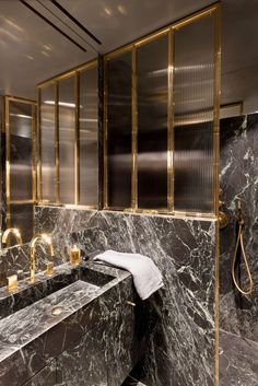 Master Bathroom Ideas Decor Luxury is definitely important for your home. Whether you choose the Luxury Bathroom Master Baths Beautiful or Luxury Master Bathroom Ideas, you will create the best Small Bathroom Decorating Ideas for your own life. Luxury Master Bathrooms, Cheap Bathrooms, Bathroom Design Luxury, Modern Bathroom, Small Bathroom, Master Baths, Cozy Bathroom, Beautiful Bathrooms, Bathroom Wall Decor