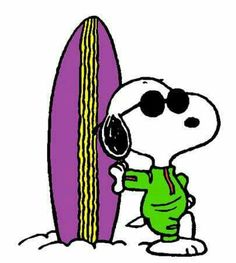 Snoopy - The World Famous Surfer (smaller) Snoopy Love, Charlie Brown And Snoopy, Snoopy And Woodstock, Peanuts Cartoon, Peanuts Snoopy, Peanuts Characters, Cartoon Characters, Famous Surfers, Snoopy Tattoo