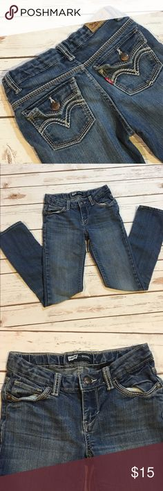 Girls Levis Skinny Jeans Preowned Girls Levi's skinny jeans Levi's Bottoms Jeans