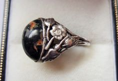 Antique Arts and Crafts / Art Nouveau silver and jasper floral ring. Handmade. https://www.etsy.com/listing/178122040/antique-art-nouveau-jasper-and-sterling