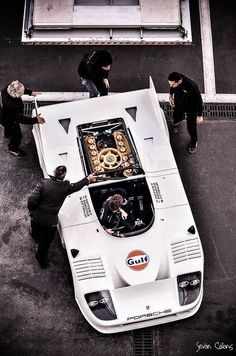 I keep seeing this Porsche described as a It's not. It's a It has 12 cylinders. If you pin this image, make sure it reads and not 917 Porsche, solid respect! Porsche 911 Rsr, Porsche Motorsport, Porsche Cars, Ferdinand Porsche, Le Mans, Road Race Car, Race Cars, Sports Car Racing, Sport Cars