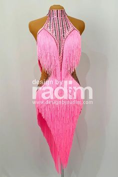 Ballroom Costumes, Dance Costumes, Stage Outfits, Dance Outfits, Latin Ballroom Dresses, Latin Dresses, Carnival Outfits, Samba, Divas