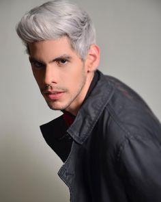 """26 Me gusta, 2 comentarios - Kevin Eduardo Cáceres Luis (@kemodelo) en Instagram: """"Winter Suit #model #topmodel #malemodel #whitehair #face #suit #wintersuit #man #homme #uomo #male"""""""
