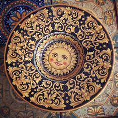 Sun plate, hand painted majolica.