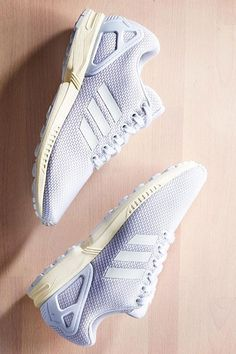 finest selection 6f5bf a58f9 adidas Originals ZX Flux  All White Nike Converse, Sneakers Adidas, Adidas  Originals Zx