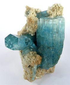 Beryl (Var: Aquamarine), Albite   ©Fine Mineral Galleries   iRocks.com Erongo Mountain, Usakos and Omaruru Districts, Erongo Region, Namibia. ✏✏✏✏✏✏✏✏✏✏✏✏✏✏✏✏ IDEE CADEAU / CUTE GIFT IDEA  ☞ http://gabyfeeriefr.tumblr.com/archive ✏✏✏✏✏✏✏✏✏✏✏✏✏✏✏✏
