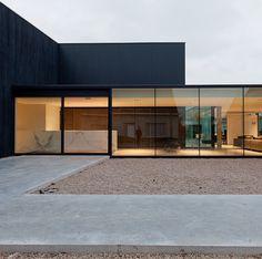 20 Amazing Minimalist Home Architecture Ideas for Inspiration - Modern Minimalist House Design, Minimalist Architecture, Minimalist Home, Modern House Design, Contemporary Architecture, Modern Interior Design, Luxury Interior, Contemporary Houses, Interior Designing