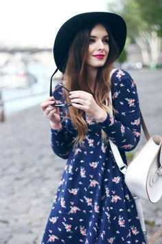#floral dress + hat #streetstyle #fashion