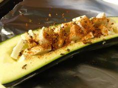 Boncibus - Rezept - Gefüllte Zucchini im Backofen http://boncibus.com/de/recipe/hauptgang/gefullte-zucchini-im-backofen-370 #glutenfrei #Zöliakie #Rezept