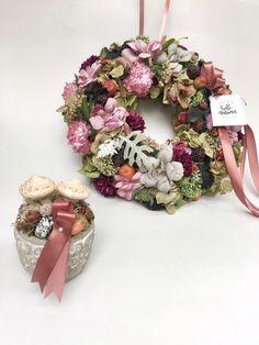 #wreaths #homedecor #kopogtató #difiori Hello Autumn, Door Hangers, Floral Wreath, Wreaths, Home Decor, Floral Crown, Decoration Home, Door Wreaths, Room Decor