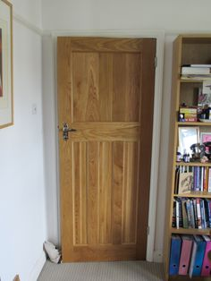 Period property, traditional home setting… Solid Oak Internal Doors, Solid Oak Doors, Internal Door Handles, Mobile Home Doors, 1930s Decor, Craftsman Front Doors, Traditional Front Doors, Closet Door Makeover, Cupboard Door Knobs
