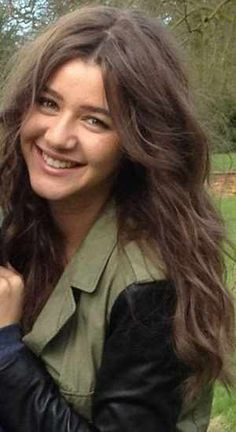 @Eleanor Calder I know  that a lot of people send you hate, but I just wanted to say that those people don't understand how rude and disgusting they are. Your the prettiest girl I've ever seen! A lot  of  Directioners  and myself think that you and Louis make a CUTE couple!! You don't deserve that hate!! I just hope that everyone can understand that! I know that you'll probably never see this but I just wanted you to know this!  ~ Savannah and all other Directioner