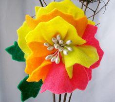 felt flower pin #felt #flower #pin