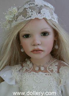Zofia Zawieruszynski Collectible Dolls - Fryderyka