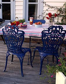 Plasticote - How to rejuvinate Wrought iron furniture Iron Furniture, Outdoor Furniture, Outdoor Decor, Wrought Iron, Feng Shui, Chairs, Home And Garden, 1, French