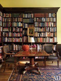Traditional Office/Library by Thomas Jayne Studio in Philadelphia, Pennsylvania