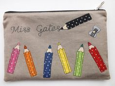 SewforSoul: Pencil Case in Linen. Applique with Freemotion / Freehand machine embroidery