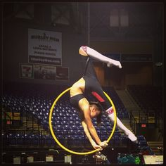 #cerceau #lyra #aerialhoop #aerial #varekai #cirquedusoleil #circus #circuseverydamnday #circuslife #circusartistcirque #usaaerial #cirque #training #workout #work #strength #strong #handstand #handstandseverydamnday #splits #lovemyjob #tourlife