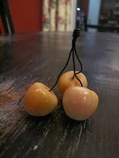 Antique Vintage Italian Italy Stone Marble Alabaster Fruit Large Bing Cherries Fruit Love, Stone Fruit, Primitives, Fruits And Vegetables, Colonial, Wax, Carving, House Design, Decorations
