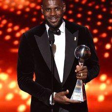 Photos: 2015 ESPYS Red Carpet & Best Dressed   Ciara, Halle Berry, Mel B, Kylie Jenner & More #ESPYS