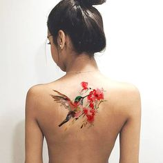 Unique Watercolor Floral Hummingbird Back Tattoo Ideas for Women Colorful - acuarela colibrí espalda tatuaje ideas para mujeres - www.MyBodiArt.com