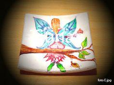 Imitación de pintura sobre porcelana pero realizada en pasta cerámica sin horno con barnices al agua de color