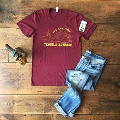 Tequila Sunrise & Thirsty Thursday ....... I don't know what two things go together more! :tropical_drink::sunny::cactus::beers: Here's to hoping you have an amazing day Darlin's!! Cowgirl style. Rodeo fashion. Women's Western Wear. Ranch style. Boho cowgirl.