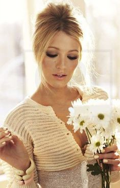Blake Lively hair an make-up