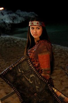 All 165 episodes of the Filipin@ epic, historical drama series is now completely subbed in English on Viki. Filipino Culture, Filipino Art, Filipino Tattoos, Philippine Mythology, Marian Rivera, Culture Clothing, Philippines Culture, Mystical Forest, Female Knight