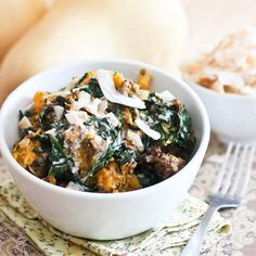 Breakfast in a bowl, paleo style! Ground beef, butternut squash and kale, combined with a touch of coconut milk.