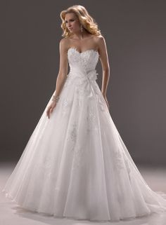 2014 Fashion Ball Gown Strapless with Embellished Lace Floor Length Wedding Dress