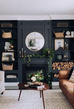 home accessories Grey interior design - Living Room Black Walls Dark Living Rooms, New Living Room, Home And Living, Living Room Decor, Small Living, Modern Living, Dark Rooms, Transitional Living Rooms, Transitional Decor